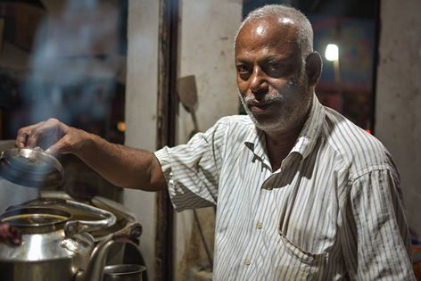 Tea stall owner turns slum kids' Messiah, runs school from own purse