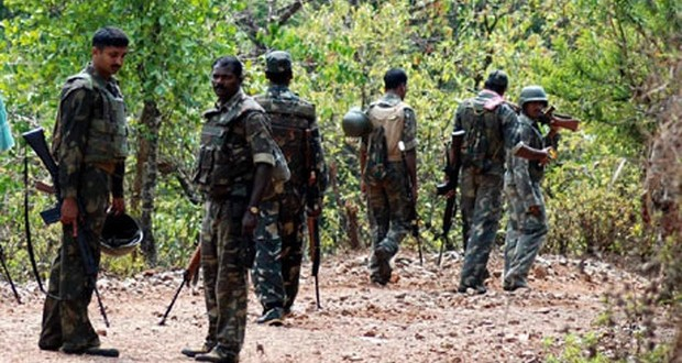 Police, Maoists exchange fire
