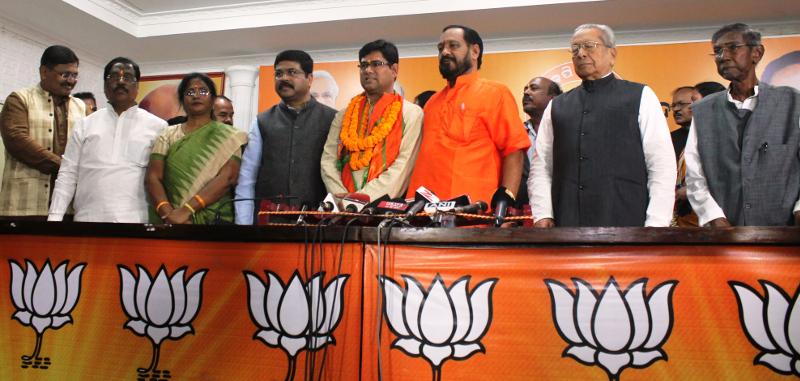 S S Singh joins BJP - 2
