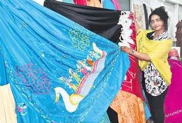 Sun Temple Visit Inspires Kerala Girl To Imprint Oriya Art