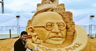 Sudarsan Pattnaik Wins People's Choice Prize For Moscow Sand Sculpture