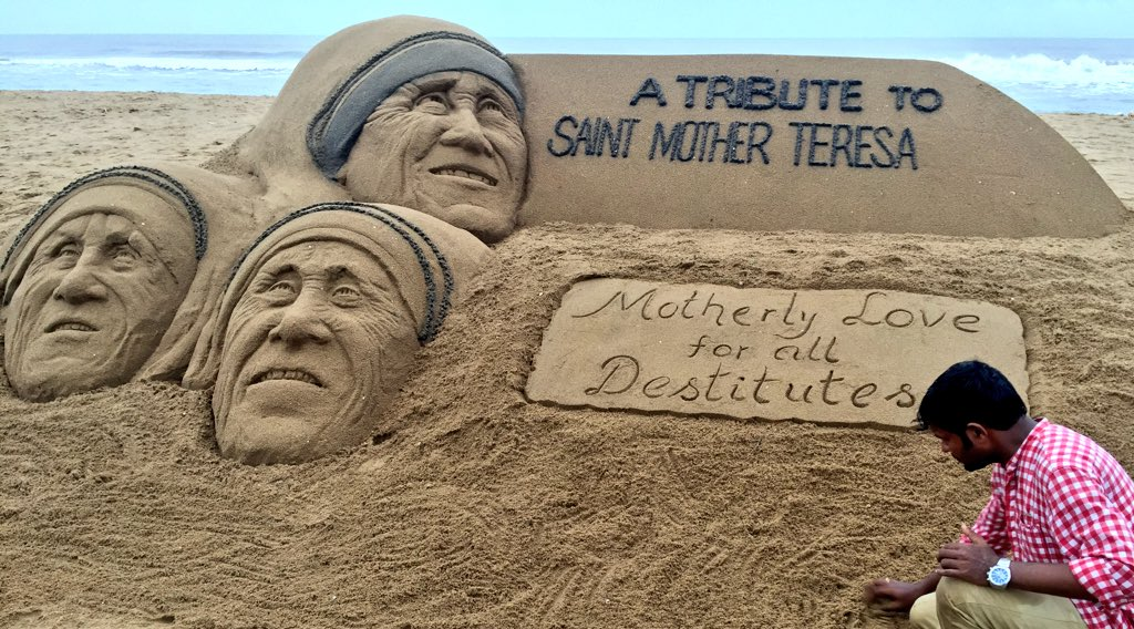 Sudarsan Pays Tribute To Mother Teresa Through Sand Art