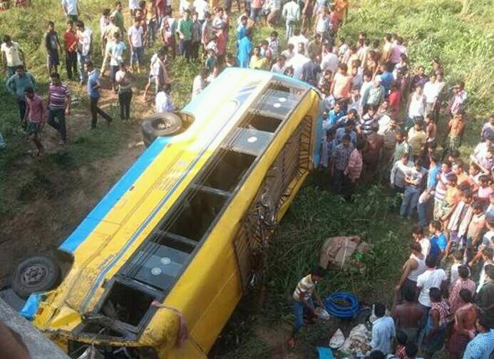 jahnamamu-bus-accident1