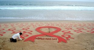 Sudarsan's World AIDS Day sand art