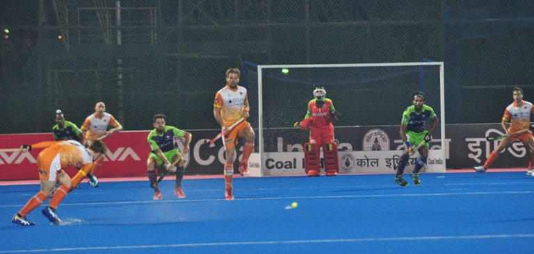 Kalinga Lancers beat Delhi Waveriders