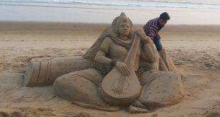 Manas Sahoo creates sand art of Devi Saraswati