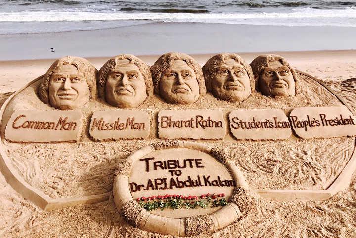 APJ Abdul Kalam sand art