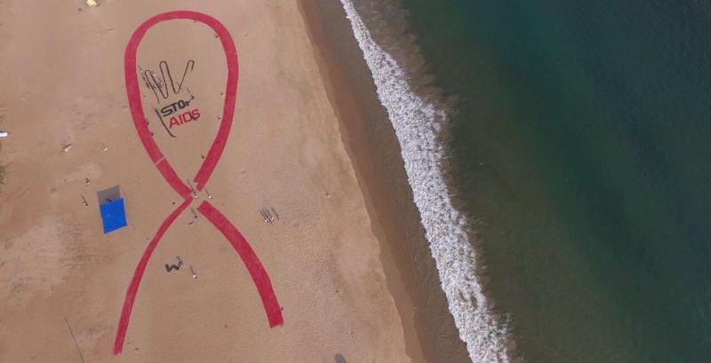 Red Ribbon sand art