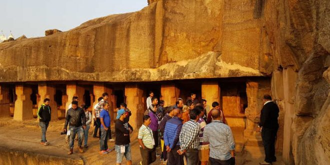 Ancient rock art mesmerises heritage walkers at Udayagiri-Khandagiri
