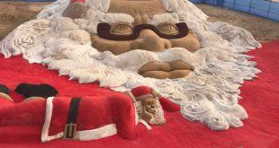 Sudarsan creates world's biggest sand Santa face