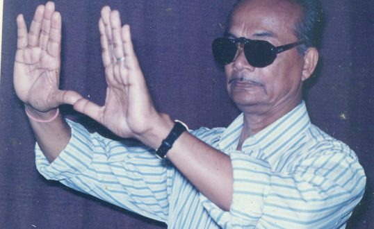 Nagen Ray, director of first Odia colour film