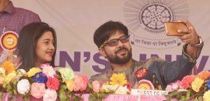 Sabyasachi, Buddhaditya, Barsḥa give success mantra to RD University students