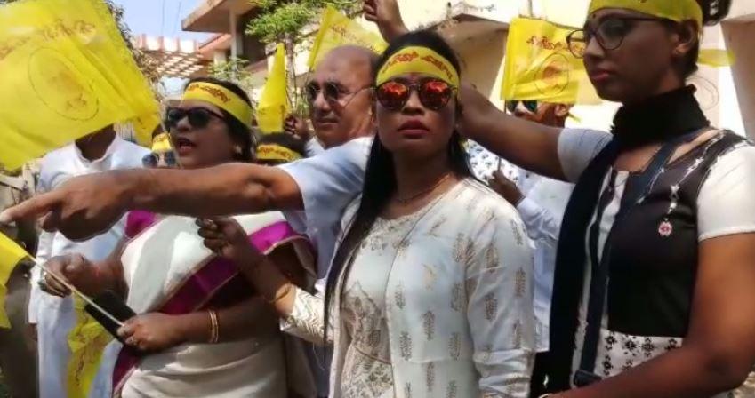 Kalinga Sena activists detained for protesting Valentine's Day celebration