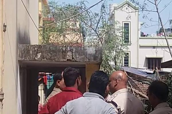 Man found dead with throat slit at MLA Colony in Odisha