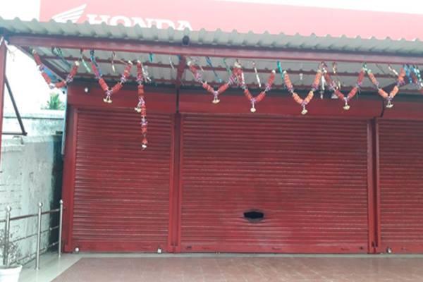 Miscreants hurl bombs at Konark BJD leader's house