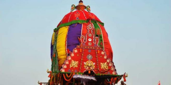 Rukuna Rath pulling suspended after chariot rope snaps thrice in Bhubaneswar