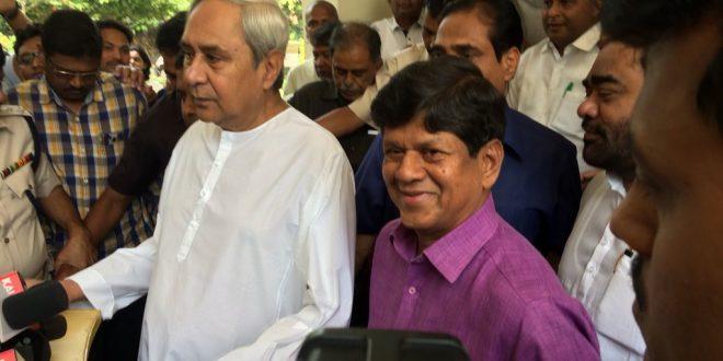 Soumya Ranjan Patnaik joins BJD