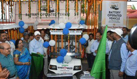 Free battery-operated vehicle service at Puri railway station