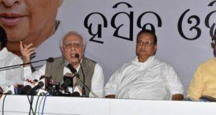 Sibal attacks BJP ahead of Modi's visit to Odisha
