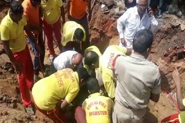 Labourer trapped in drain pipe in Cuttack