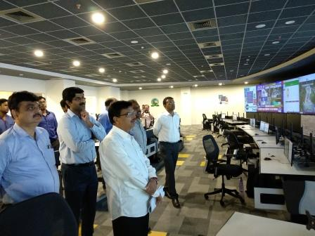 H&UD Minister visits Smart City office, reviews progress