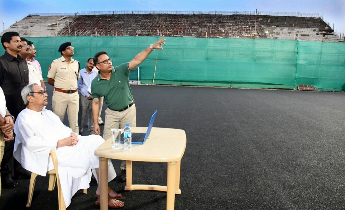 Naveen reviews progress work of Odisha Men's Hockey World Cup 2018