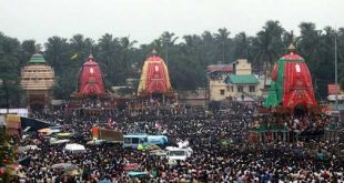 Thousands throng Puri to witness Bahuda Yatra