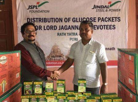 JSPL Foundation serves devotees during Puri Rath Yatra