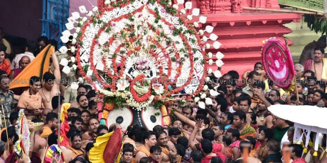 Puri Rath Yatra of Lord Jagannath and his siblings begins
