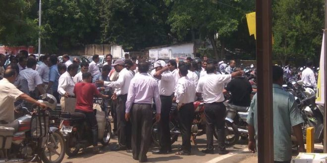 Despite Supreme Court directive, lawyers intensify stir in Odisha