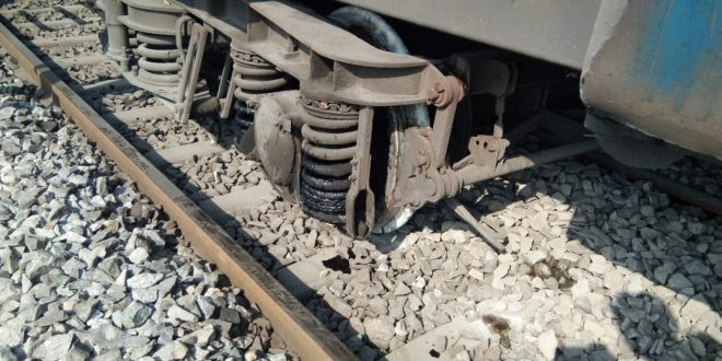 One coach of Howrah-Chennai Falaknuma express derailed