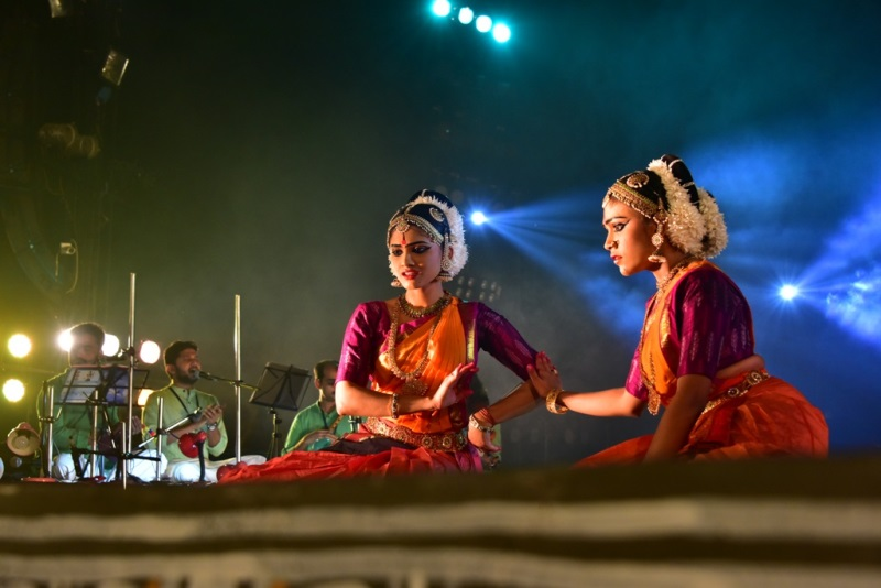 Dramatized expressions engage audience at Konark Festival