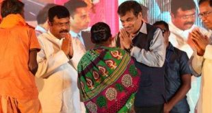 Gadkari lays foundation stone for NH projects in Odisha