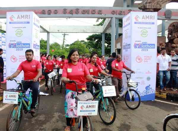 AMRI Hospitals organises Cyclothon on World Heart Day