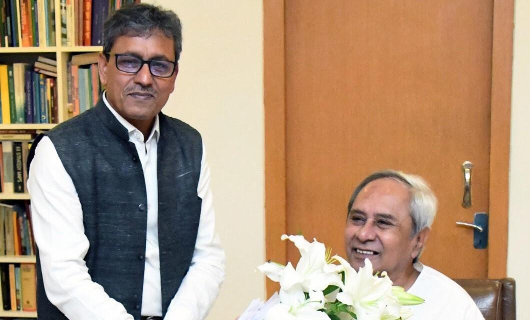 STPI DG meets Odisha CM