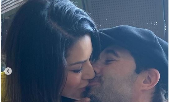 Sunny Leone shares passionate kiss with b'day boy Daniel Weber