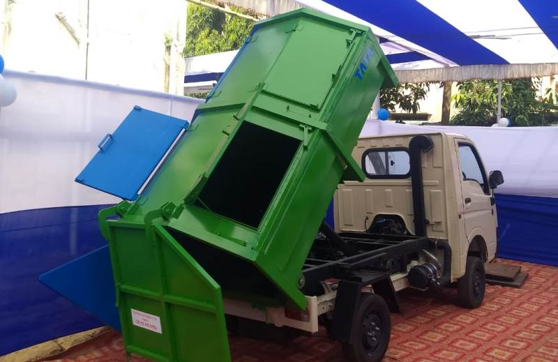 Expo held on equipment for solid waste management