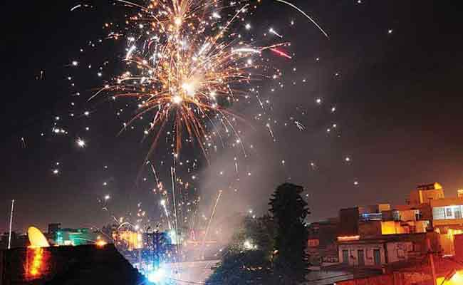 Odisha bans sale, use of fire crackers