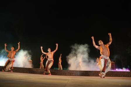 Konark Dance Festival begins