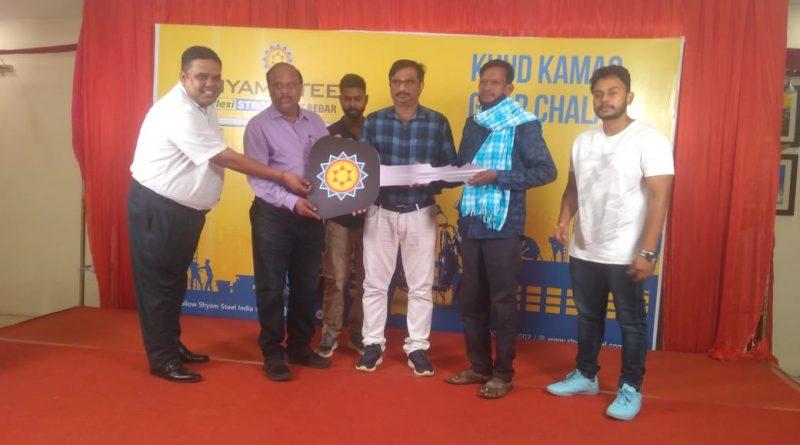 Shyam Steel donates e-rickshaws in Odisha